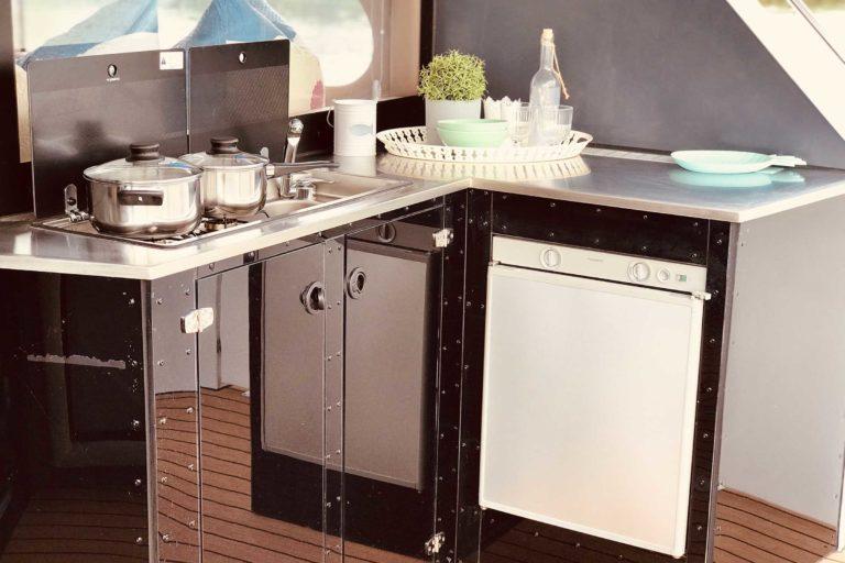 Hausboot Luxusboot Deutschland Außenküche